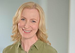 Dr. Anne Fleck